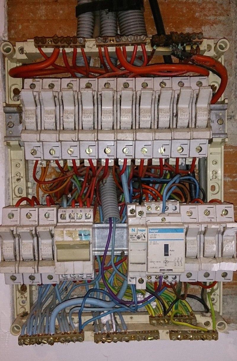 Tableau electrique triphase maison individuelle