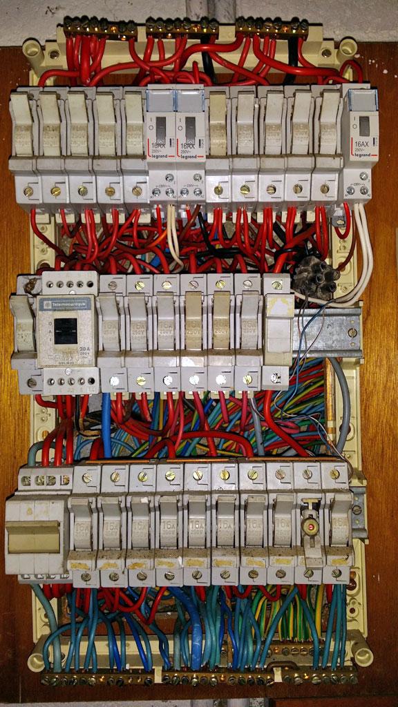 Changer tableau electrique triphase