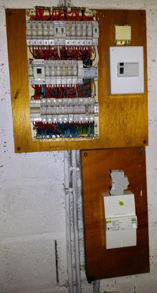 Remplacer tableau electrique a fusible