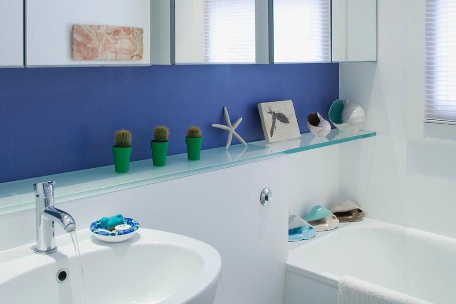 Salle de bain peinture qui s'écaille
