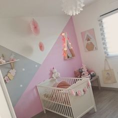 Deco peinture chambre enfant fille