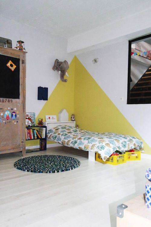 Chambre peinture jaune