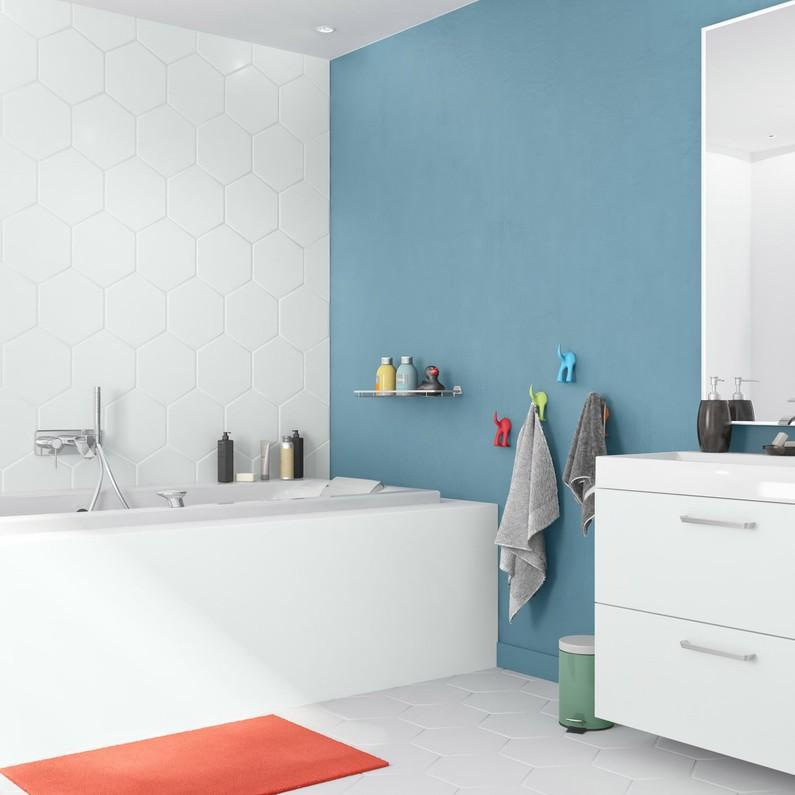 Peinture de salle de bain sur carrelage